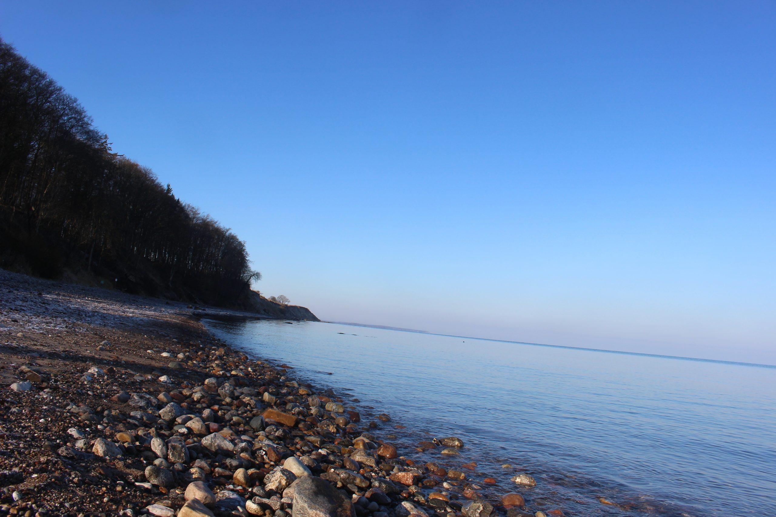 Gut Friederikenhof - unterhalb der Steilküste